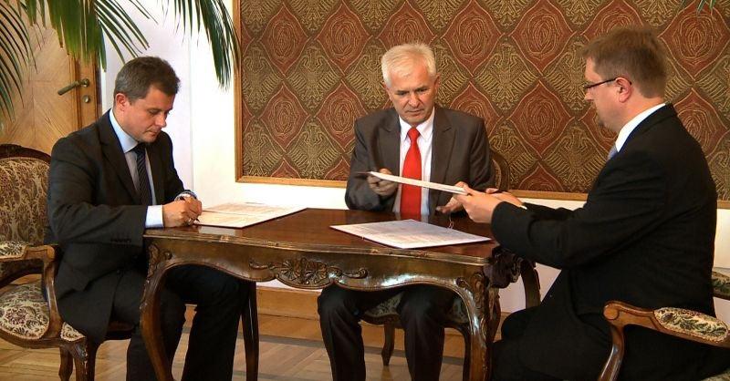Umowa z Wykonawcą podpisana