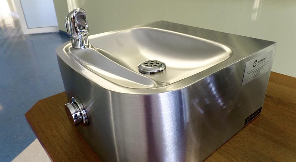 Źródełka wody dla  szkół